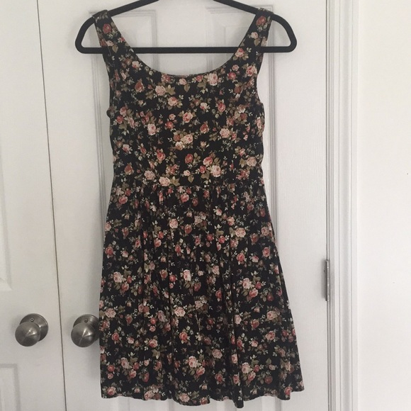 Dresses & Skirts - Paris Floral Rose Sundress